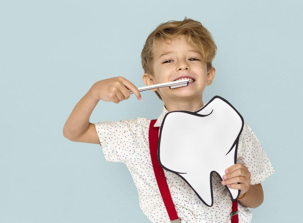 חורים בשיניים לילדים